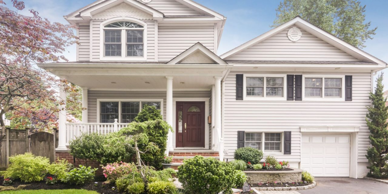 Beautifully Expanded Split in North Syosset